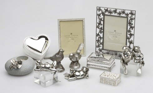 Варианты подарков на серебряную свадьбу
