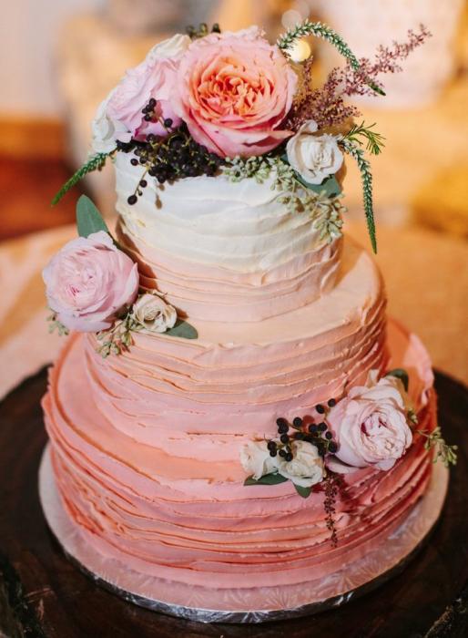 Свадебные торты с живыми цветами фото на