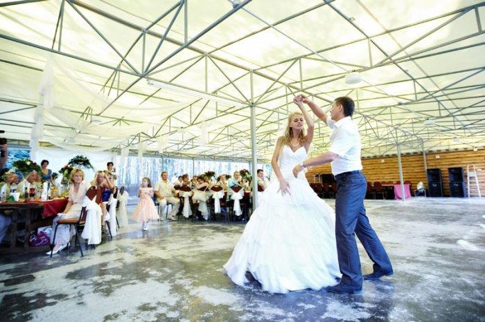 Как проводят свадьбы на коттеджах