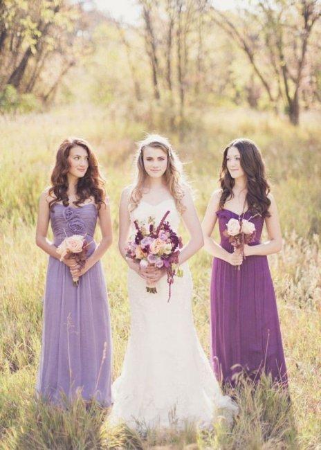 Наряды для сиреневой свадьбы