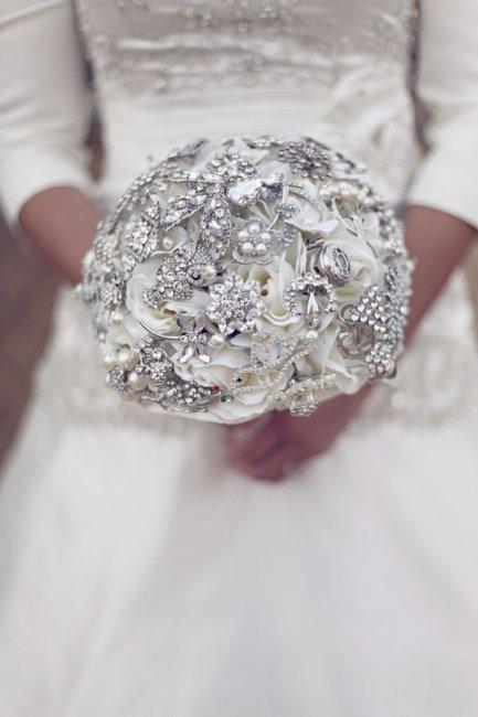 Букет невесты для серебряной свадьбы