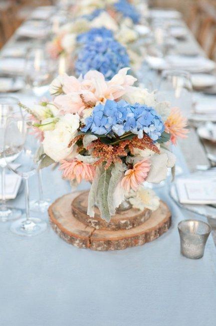 Декор в небесно-голубом цвете