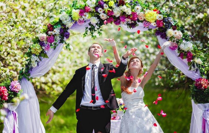 Весеннее настроение свадьбы