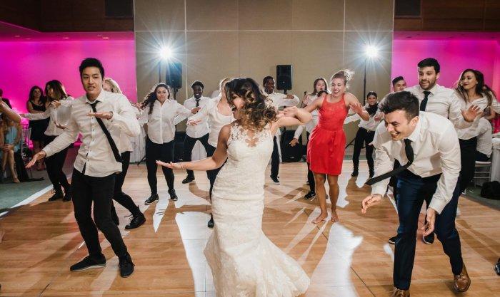 Флешмоб после свадебного танца
