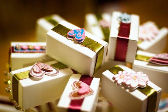 Подарочки-сюрпризы