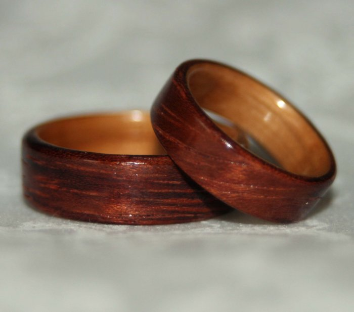 Кольца из дерева на 5 лет свадьбы