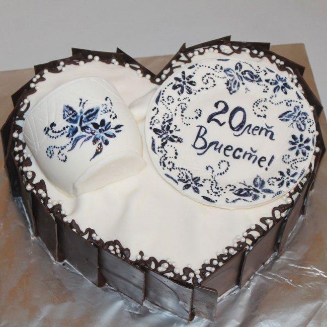 Красивый торт на 20 лет свадьбы
