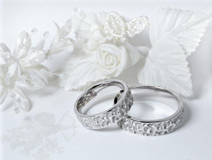 Серебряные кольца на 25 лет свадьбы