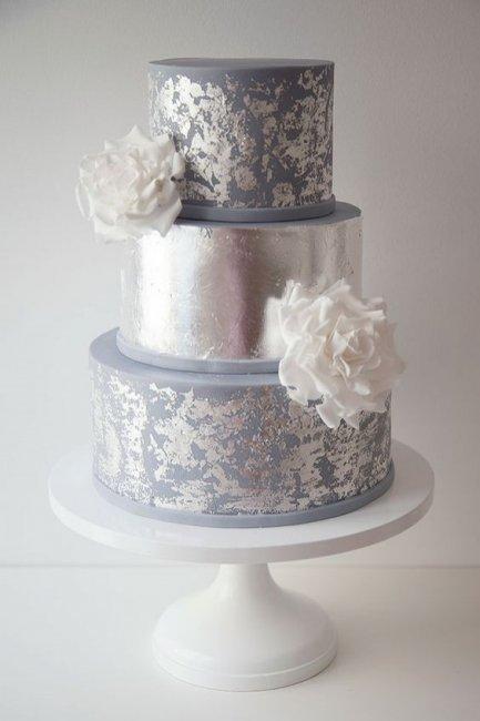 Блестящий торт