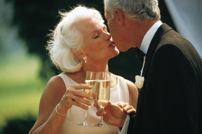 Поздравления в стихах мужу от жены с годовщиной
