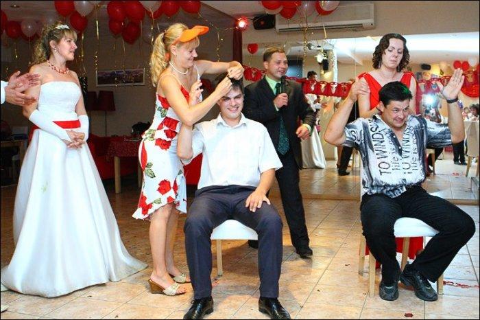 Простые конкурсы для взрослых на свадьбу