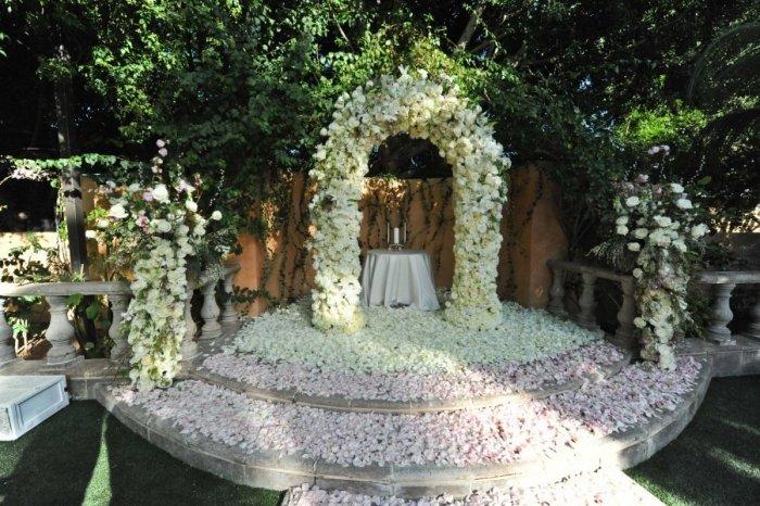 Стильная арка на свадьбу