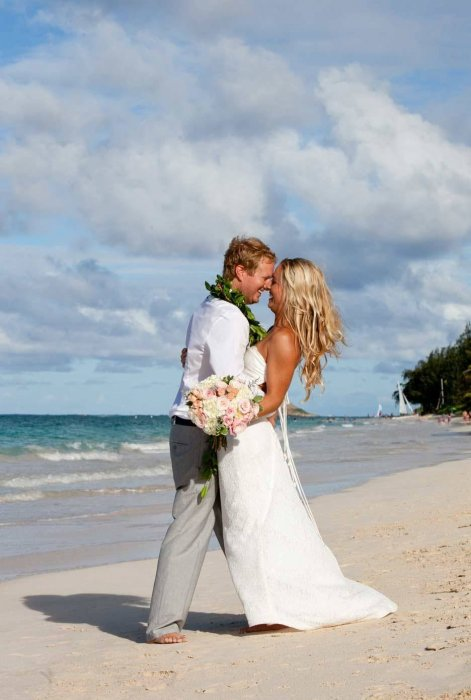 Трогательная фотосессия на пляже