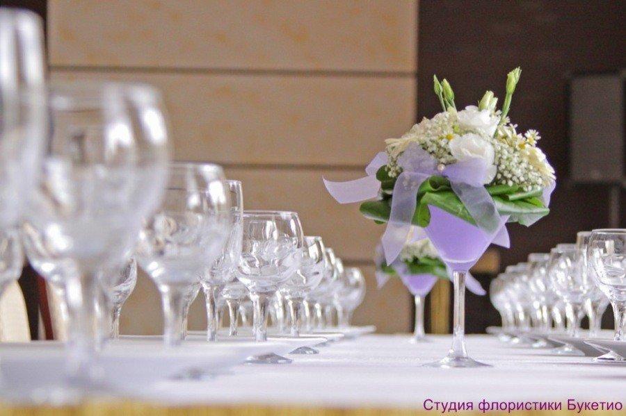 Свадебные композиции на столы гостей своими руками