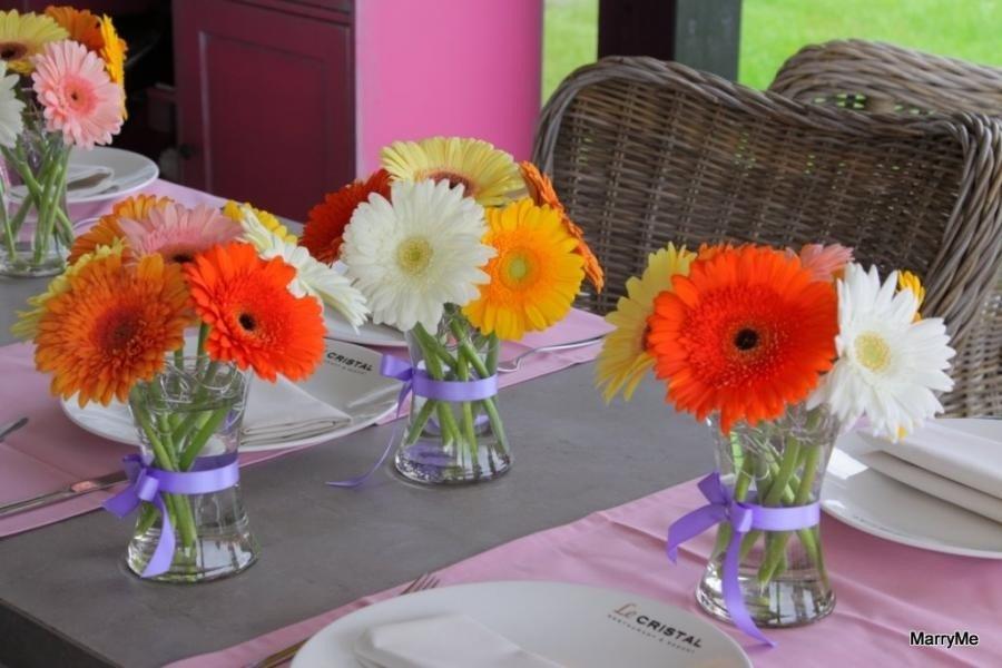 Композиции из живых цветов для стола своими руками
