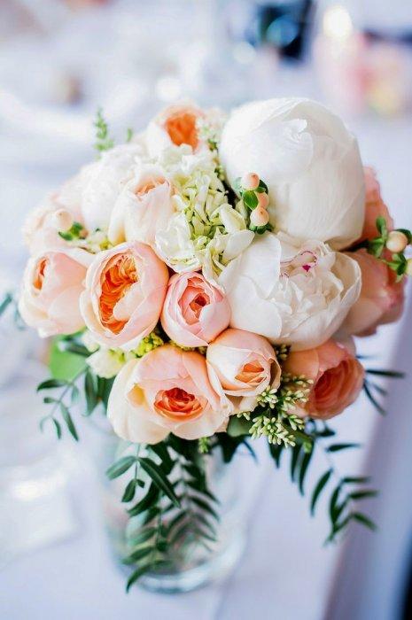 Пионовидные розы букеты