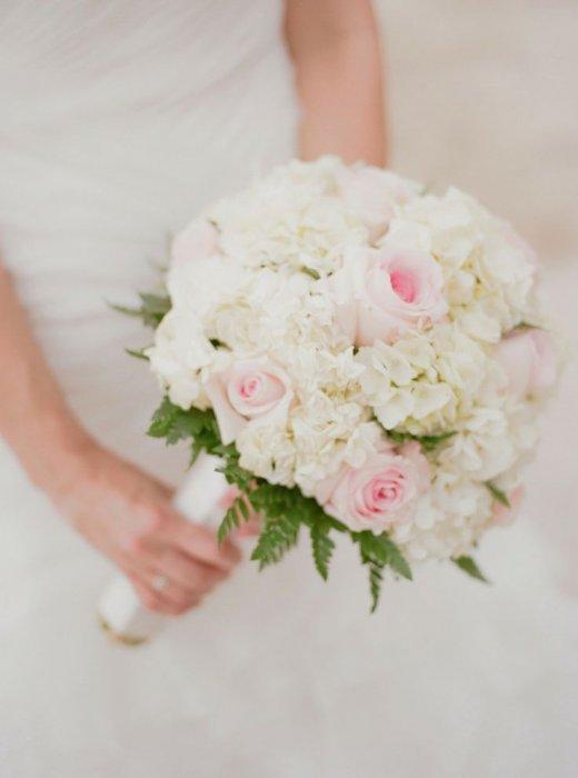 buket-gortenzii-svadebniy