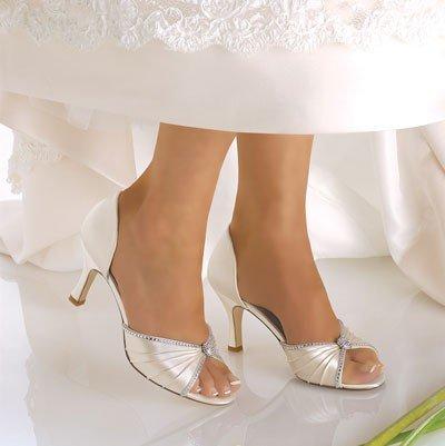 2298347bd Туфли для невесты - приятная свадебная эпопея!