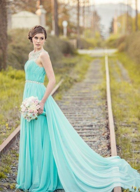 Платье невесты для свадьбы в цвете Тиффани