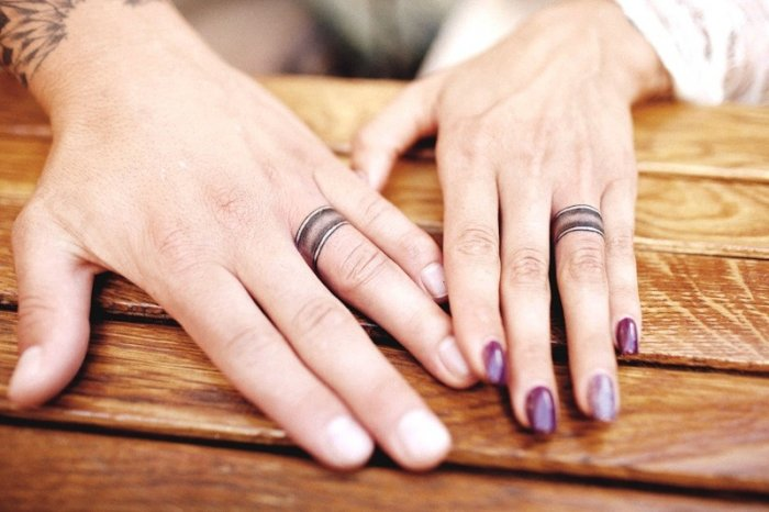 Обручальное кольцо тату