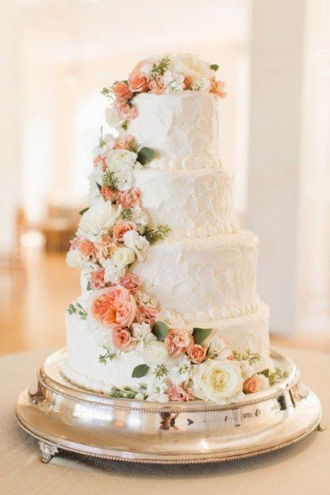 Свадебный торт с