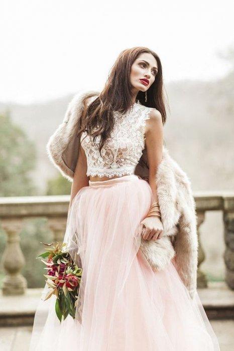 Топы к цветным юбками