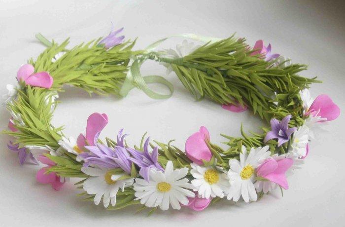 Венок из полевых цветов и веточки из фоамирана
