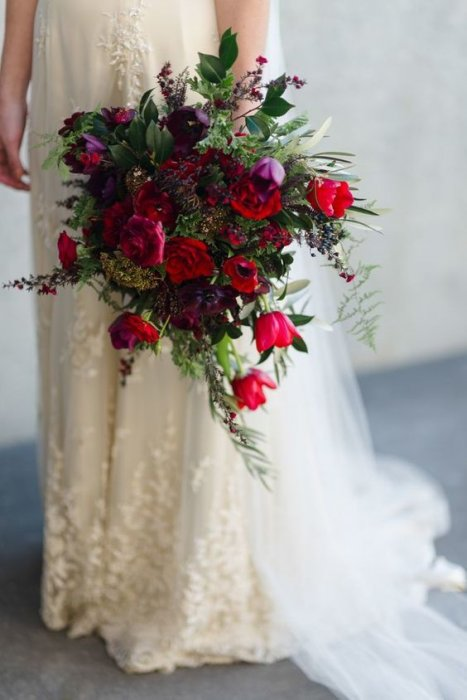 Свадебный прически на длинные волосы с челкой фото