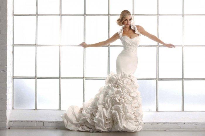 Свадебное платье фасона русалка