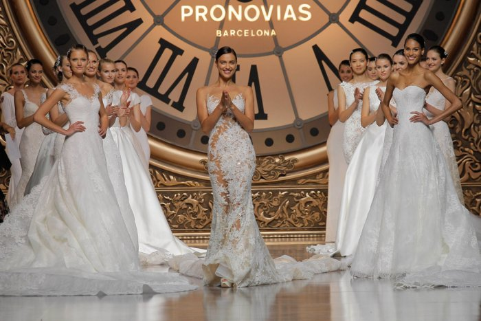 460d836ce Дизайнерские свадебные платья от мировых брендов