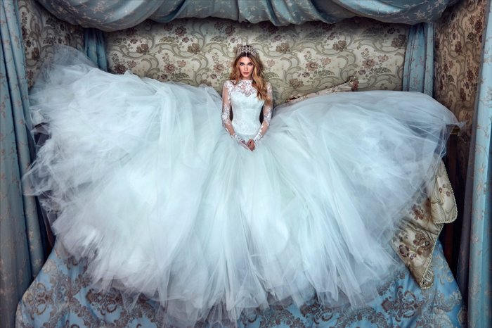 8f74d70bffcbba2 Красивое свадебное платье Galia Lahav 2017
