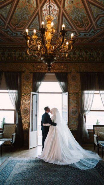 Невеста первая брачная ночь видео, жопастую жестко трахнул
