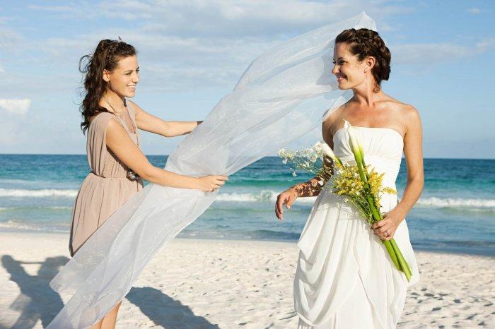 Изображение - Поздравления с днем свадьбы подруге стихи 25391.700x466.1516092204
