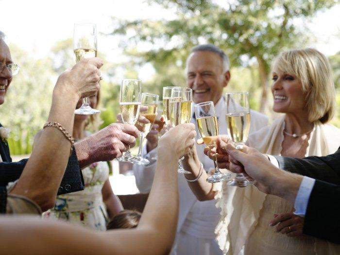 Изображение - Поздравление от тети в прозе на свадьбу 26960.700x525.1538471974