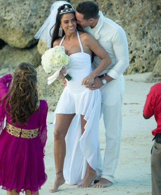 славится неудачные свадебные фотографии звезд ней