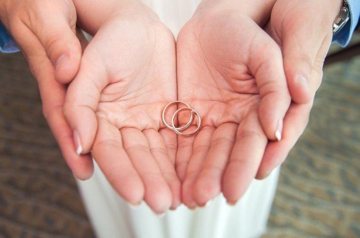 Что нельзя делать с обручальным кольцом