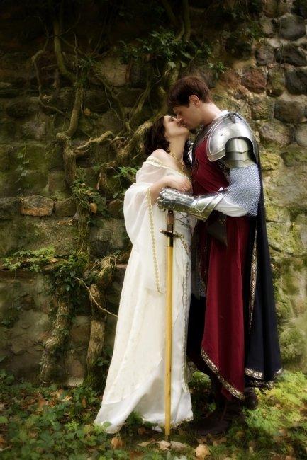 Средневековые молодожены