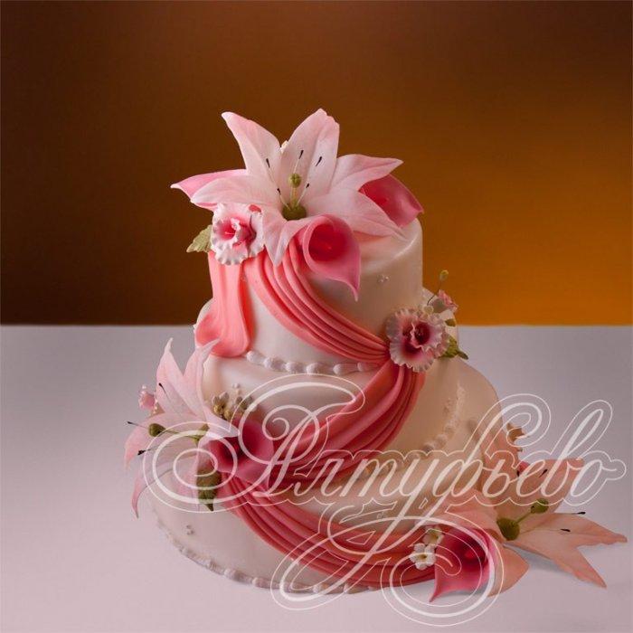 Свадебные торты с лилиями фото