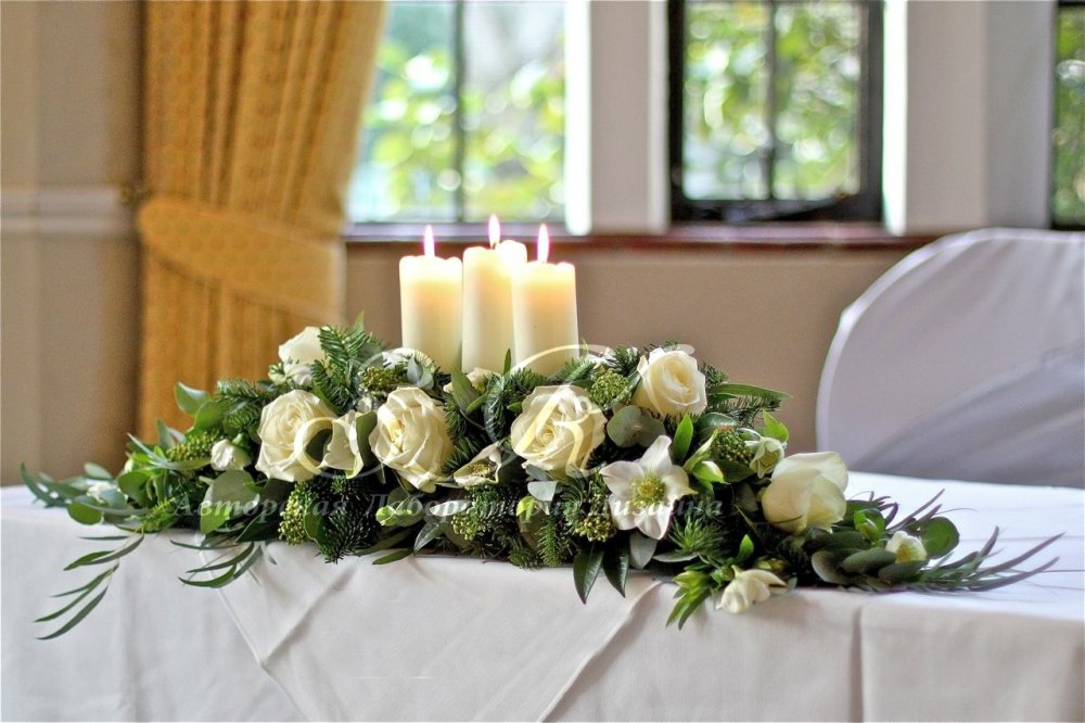 winter-wedding-flowers-ivory-silver-green-ceremony