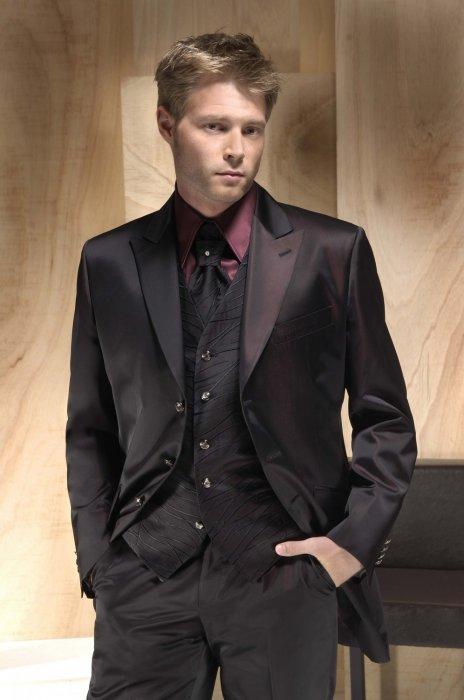 3f0afc43012 Прокат мужских костюмов от свадебного салона «Элит» (Санкт-Петербург)