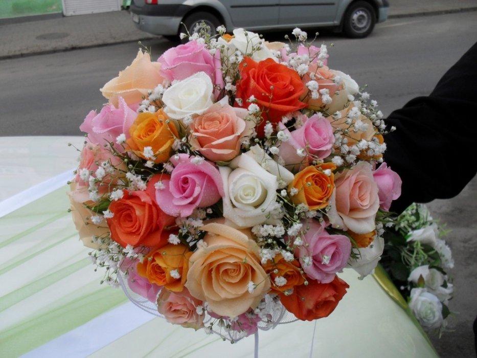 Красивые праздничные букеты на свадьбу, база цветов